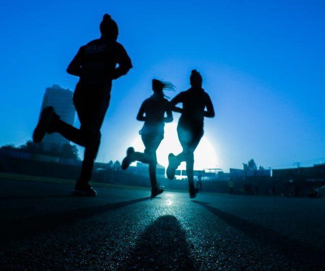 Negli ultimi anni sono stati individuati diversi metodi per contrastare il continuo aumento dei disturbi d'ansia. Tra questi metodi, alcuni ricercatori hanno riscontrato i benefici dell'attività fisica legata a questo scopo.