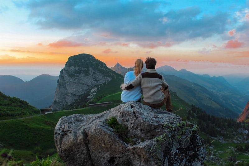 Disponibilità emotiva: una sana connessione emotiva in una relazione